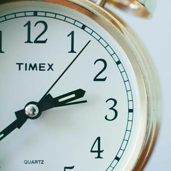 Reloj dando la hora